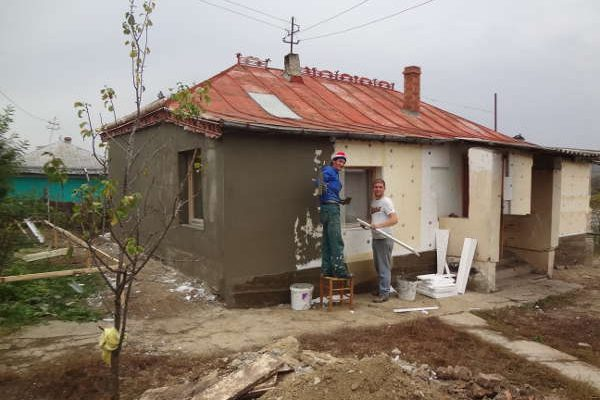 Renovation of the house of Sârca - 2013 - Emmaus Iasi Romania